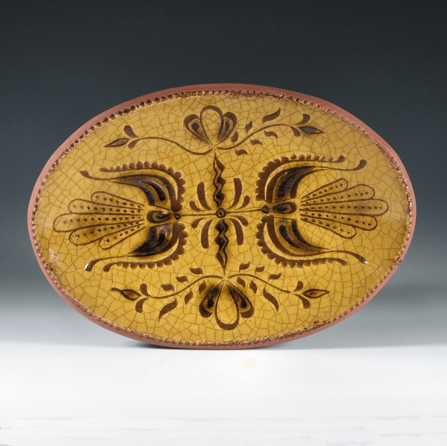 Oval Plate, Sgraffito, 2 Tulips