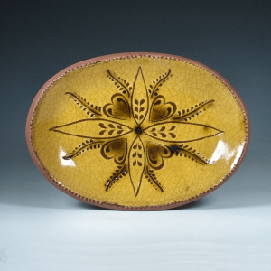 Oval Plate, Sgraffito, Vine and Leaf