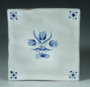 Tile, Delft, 3 Tulips