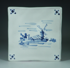 Tile, Delft, Windmill w Shed