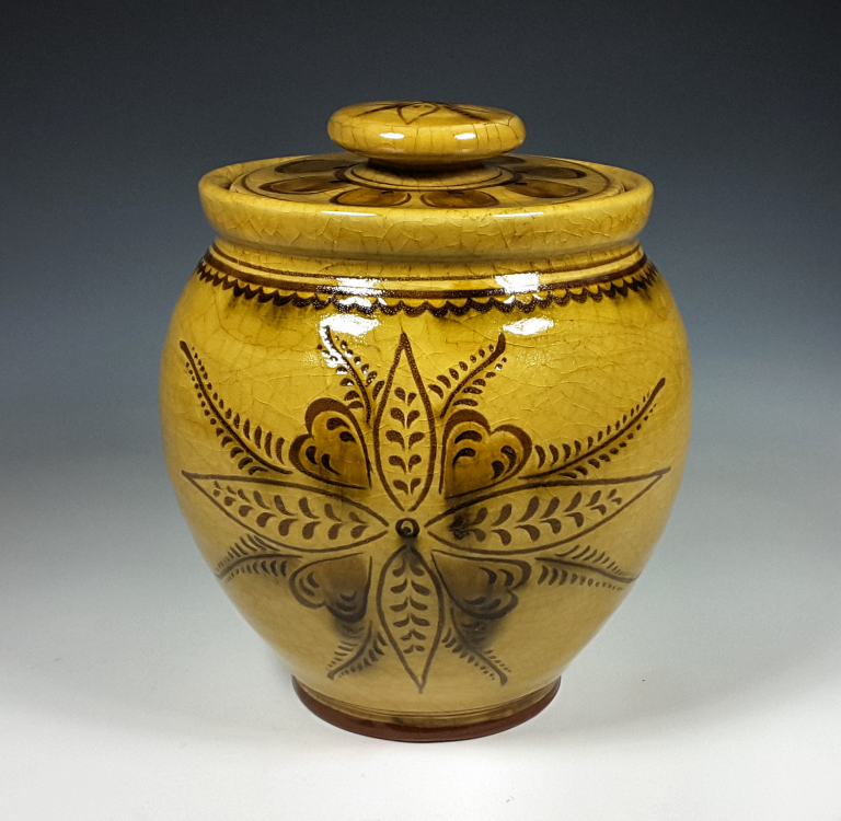 Oval Jar, Vine and Leaf
