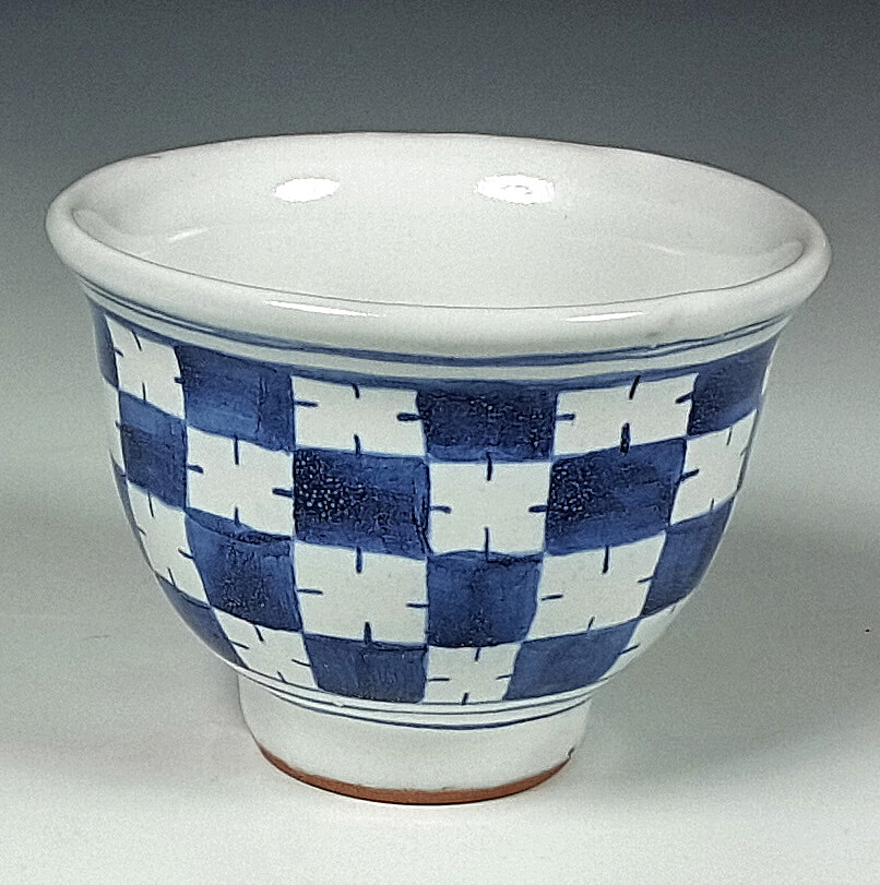 Wine cup, blue and white, Checkered