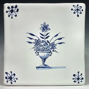 Blue and white tile, Pedestal Urn