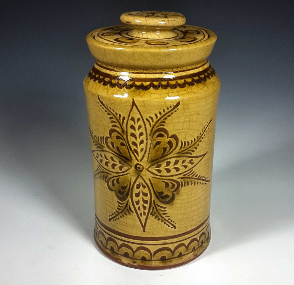 Canister, Sgraffito, Vine and Leaf