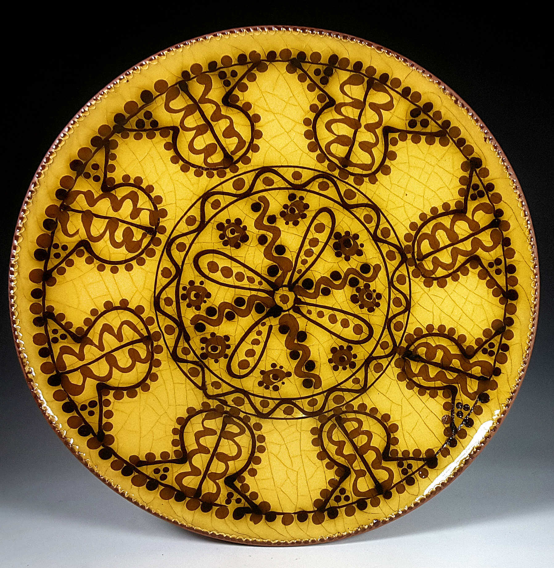 Round Plate, Yellow Slipware, Sawtooth