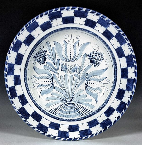 Flat rimmed Charger, Checkered Floral