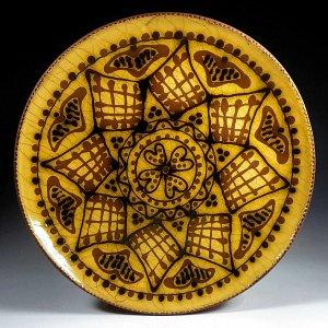 Yellow Quatrofoil Plate