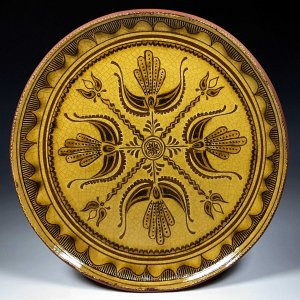 Round Plate, Sgraffito, 4 Thistle