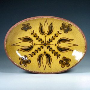Oval Plate, Sgraffito, 4 Tulips