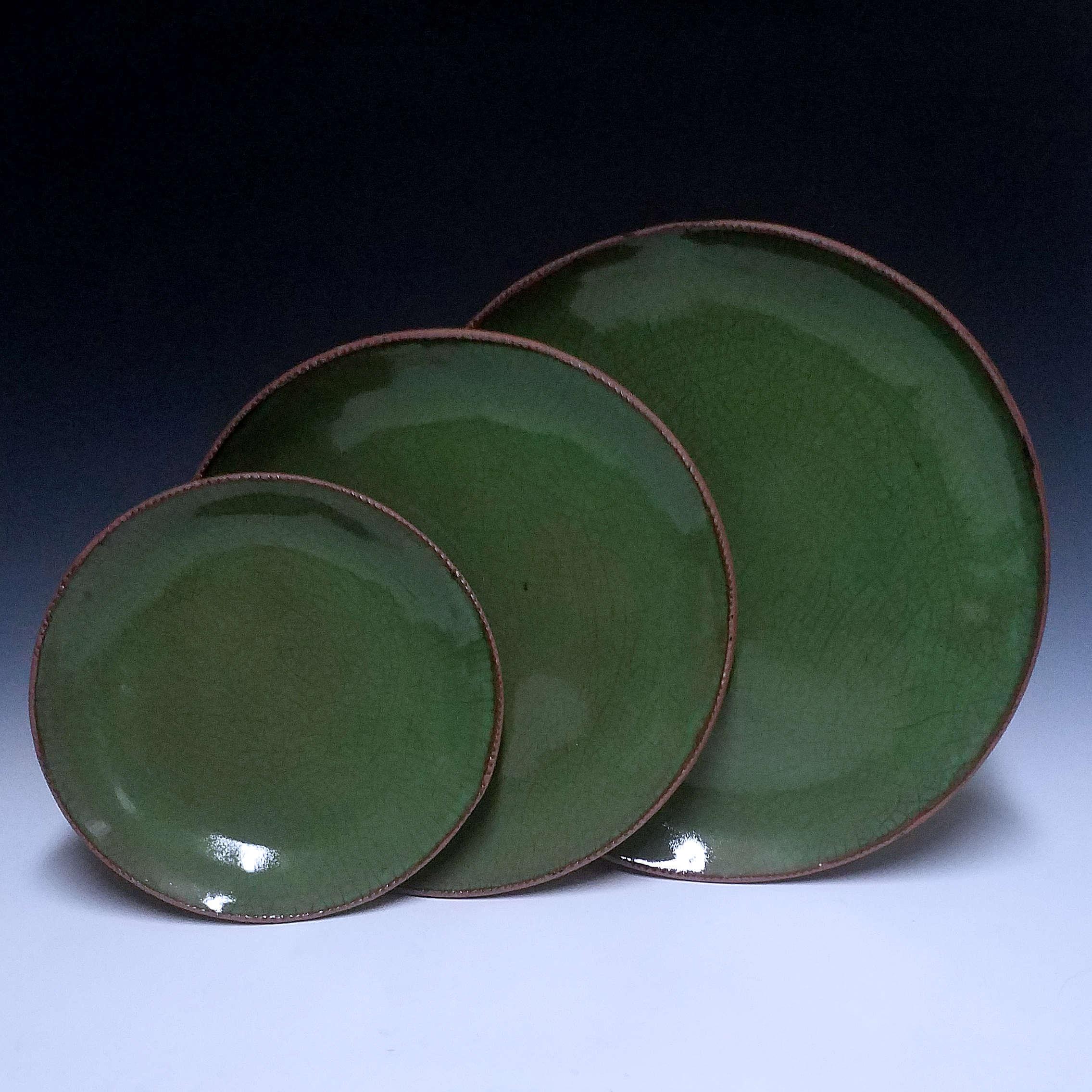 Round Plate Set, Green